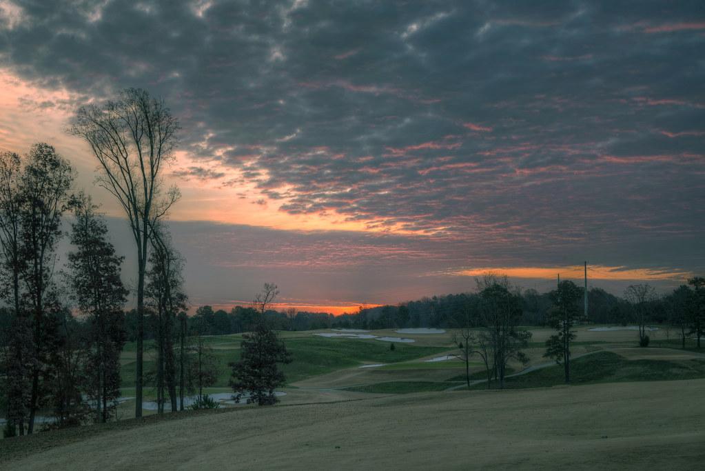 Sunrise 141205-2 by taduque