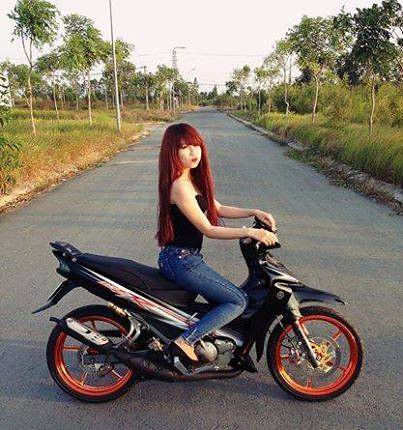 A Rare Find Yamaha 125zr 46 In Vietnam With A Hot Girl Flickr