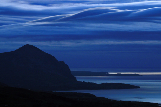 Plaited Clouds