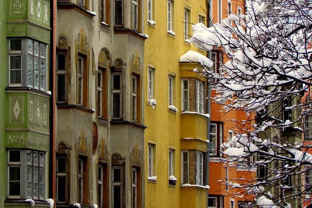 Le case colorate di Innsbruck...colorful houses of Innsbruck