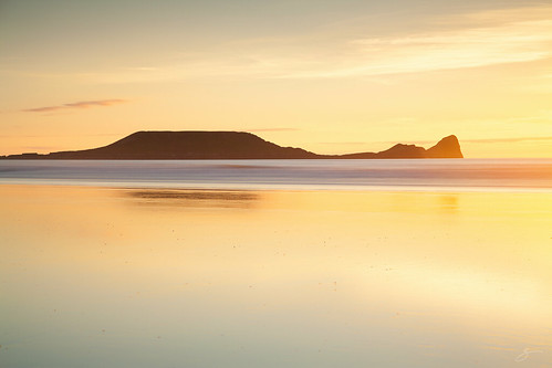 uk sea seascape reflection yellow wales canon landscape gower rhossili ref wormshead 5dmarkii