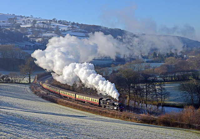 Steam trail in the Dee valley
