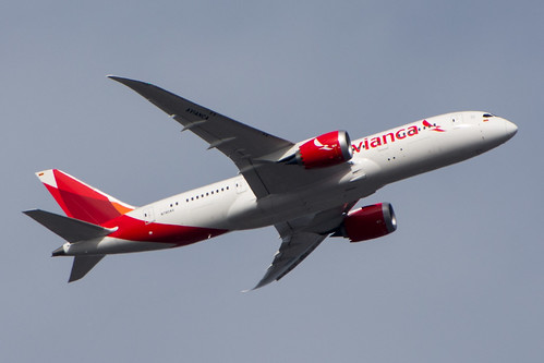 Avianca Boeing 787 N780AV | by AirlineFlyer