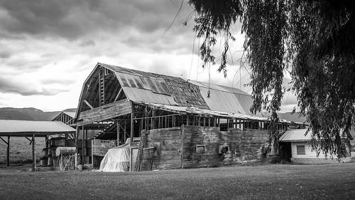 blackandwhite barn landscape nikon stormclouds d7100 18105mmf3556gvr nikon18105mmvr nikond7100