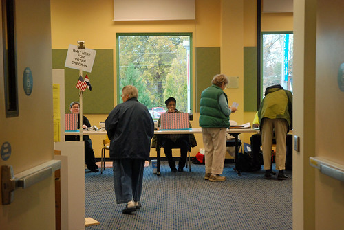 Area polls running smoothly | by KOMUnews