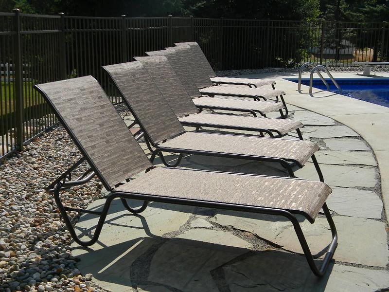 Gardenella Chaise Lounges