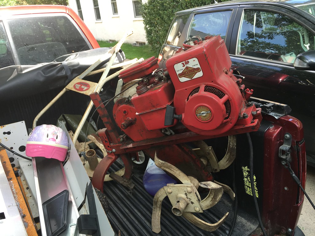 A Go Kart In The Making | Scored a tiny old vintage 3HP till
