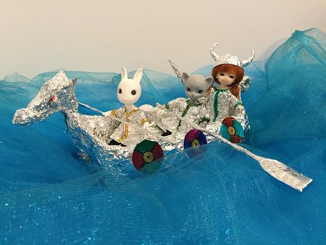 Vikings (in Foil)! Hujoos, Nano Rabi (Riley), Nano Freya (Teddy), Ted (Carrot). #hujoos #vikings #egsworld #dollphotography