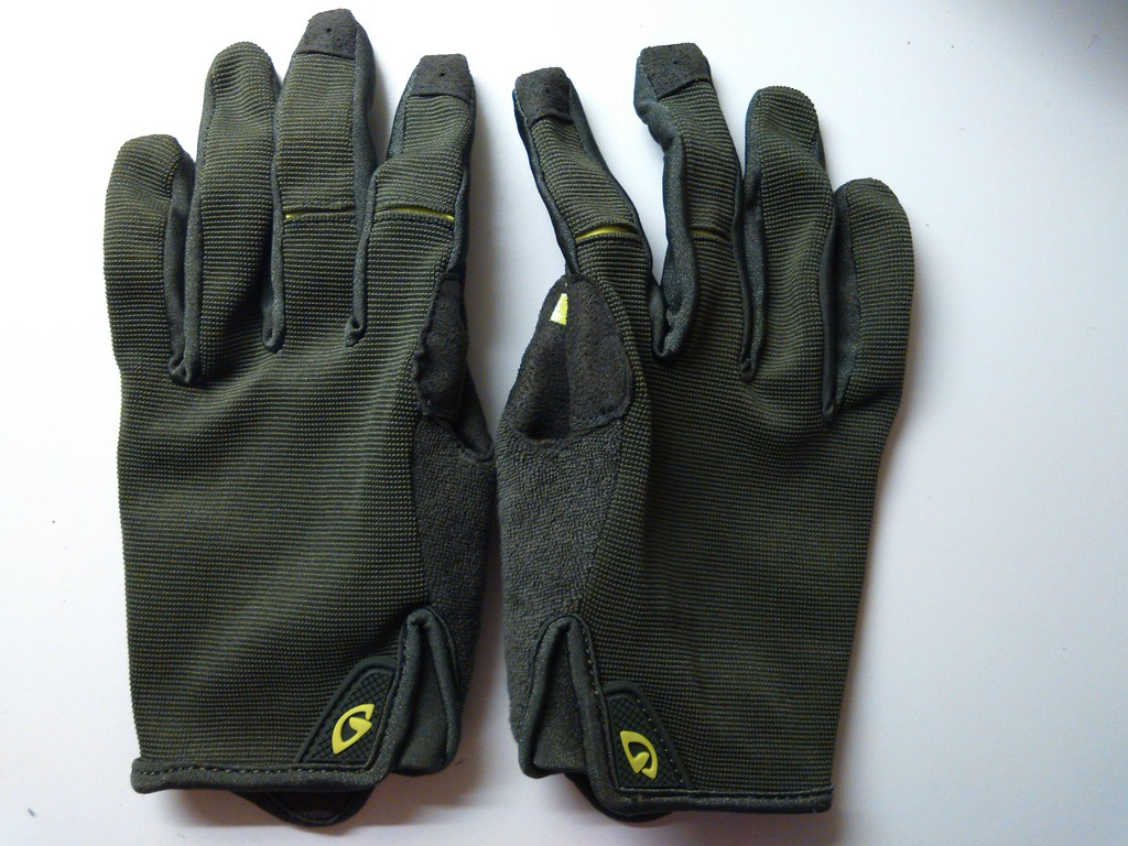 Giro DND Mil Spec Olive / Highlight Yellow  2015 Gloves