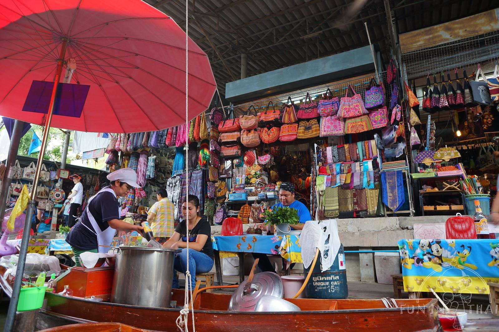 丹嫩莎朵水上市場