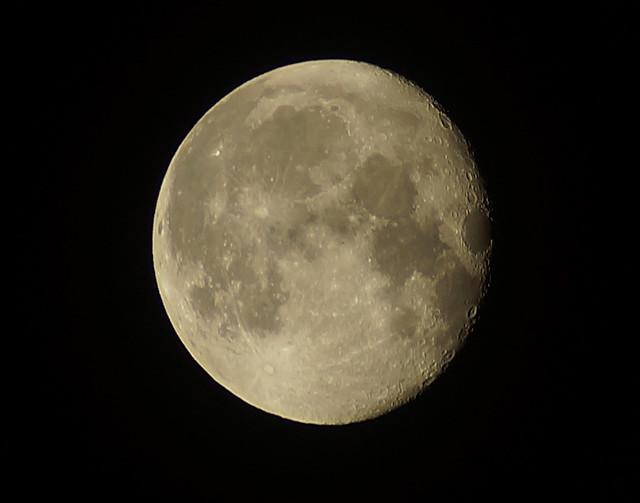 Moon110914