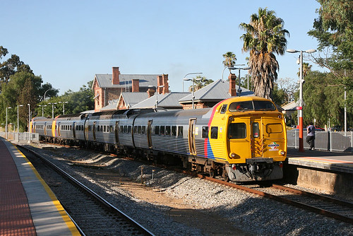 train 2000 suburban transport rail railway railcar transportation adelaide commuter southaustralia jumbo gawler broadgauge comeng adelaidemetro transadelaide