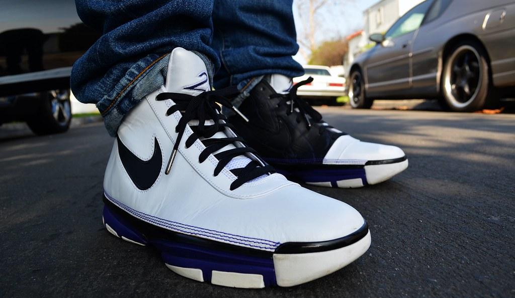 7acaf4234ac8 ... 2007 Nike Zoom Kobe II Lite