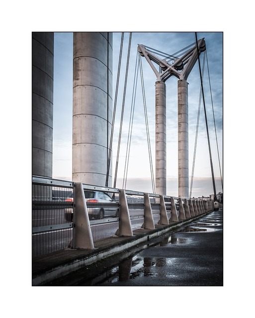 Sur le pont Gustave Flaubert, Rouen (Normandie)
