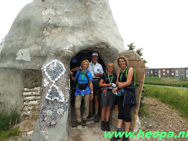 2016-06-11        Almeerdaagse     5e dag 42.5 Km (63)