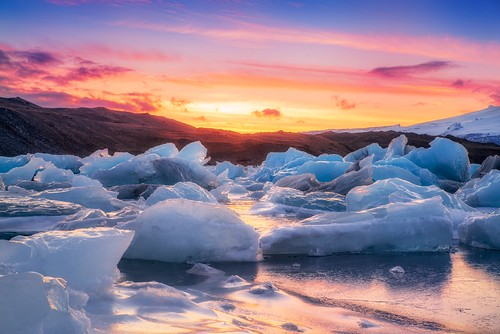 travel vacation mountains ice nature water landscape iceland europe day cloudy floating lagoon tourist glacier iceberg skaftafell southiceland jökulsárlón