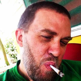 From Jamaica with love. #Respect #Fade #razor #tuffgong c/ @theoutlawbarber @junior_barbershop