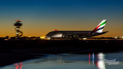 au australia mascot emirates airbus a380 newsouthwales ek syd sydneyairport yssy