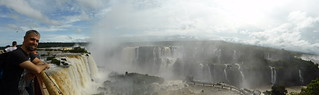 Javi en las Cataratas Do Iguaçu (Brasil) | by TiempoDeAventuras.com