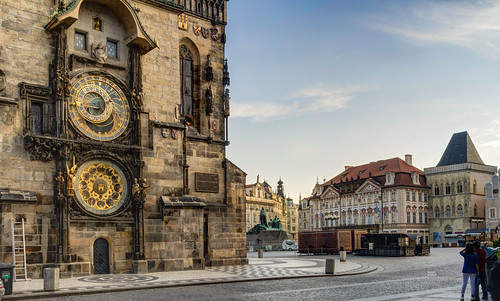 The incredible 15th century Astronomical Clock in the Old town Square, Prague | by Anguskirk