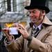 Charles Dickens goochelaar in actie