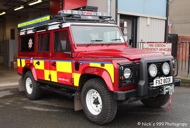 Northern Ireland Fire & Rescue Service / W4176 / FXZ 8031 / Land Rover Defender / 4x4 Vehicle