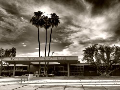 california sky blackandwhite usa architecture vintage hoteldeville noiretblanc cityhall palmsprings olympus ciel californie