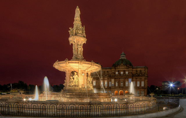The Doulton Fountain and People's Palace