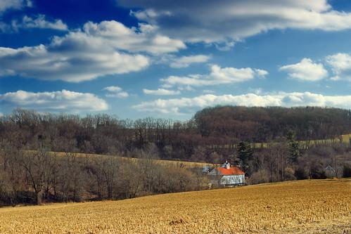 winter sky field clouds barn rural pennsylvania farm hills cumulus creativecommons fields lehighvalley northamptoncounty plainfieldtownship plainfieldtownshiptrail plainfieldtownshiprecreationtrail