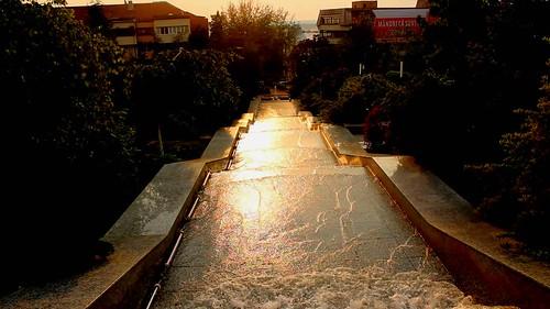 park city sunset people water fountain river hill romania olt slatina