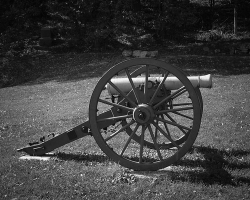 Cravens House Cannon B&W
