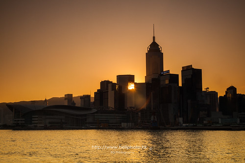 city hk silhouette yellow sunrise landscape photography hongkong dawn photo cityscape gradient 香港 financial metropolitan 風景 hongkongisland victoriaharbour 港 wanchai 剪影 2015 攝影 tumblr 都會 conventionalcenter