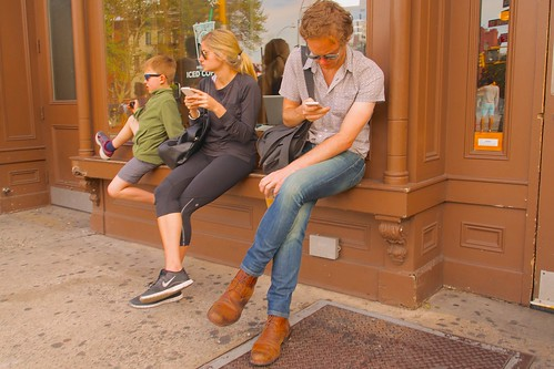 New York parents are constantly looking at their cell phones. It drives their kids crazy | by Ed Yourdon