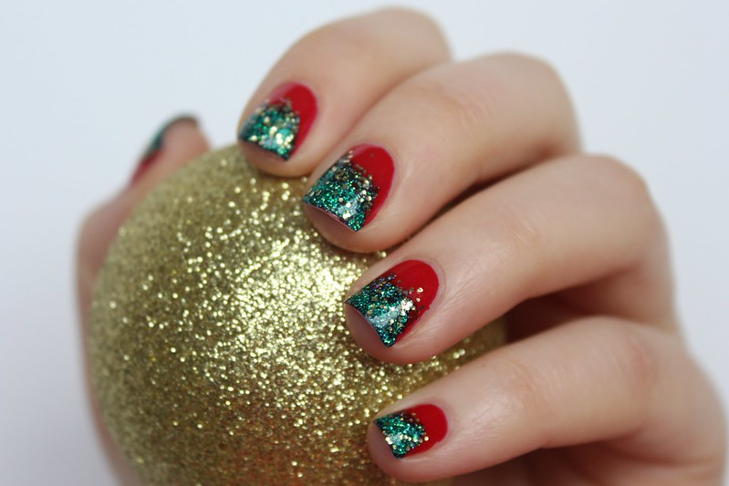 Red & Green Glitter Christmas Nails | A Look Back at 10 Years of Blogging Living After Midnite Blogger Jackie Giardina