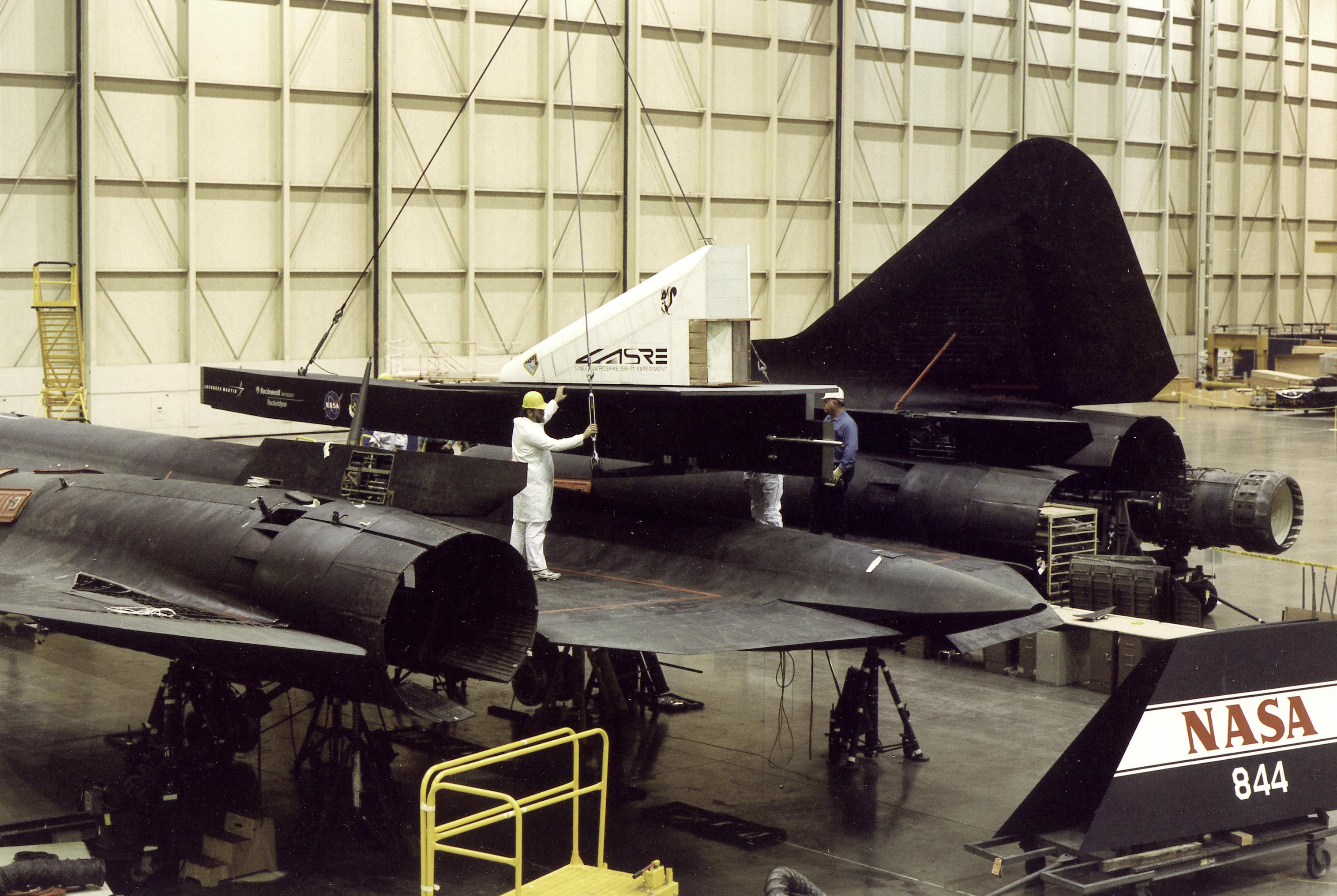 LASRE Pod Matting to SR-71