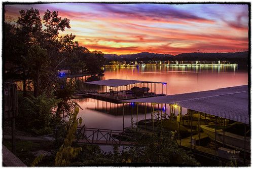 sunset vacation sky lake water night clouds docks photoshop reflections dark boats lights evening twilight october glow camden shoreline mo missouri 2014 highwayd hahatonkastatepark colorefexpro4 september2014 googlenikcollection stevefrazierphotography camdemcounty minnowbrookestatesroad lakevalleydocks