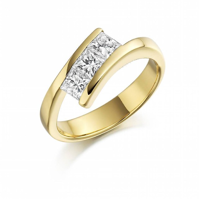 Gold engagement ring #engagementring