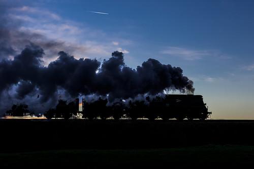 sunset england europe nightshot northwest unitedkingdom transport steam lancashire railways gbr eastlancsrailway 34092 heritagerailways cityofwells exsr burrscountryparkbury srbbwcclass