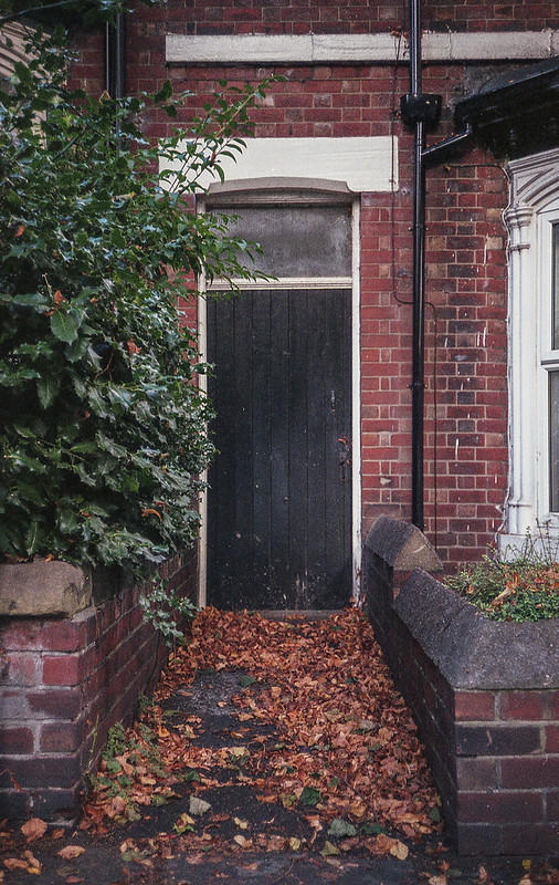 FILM - Autumn's doorway