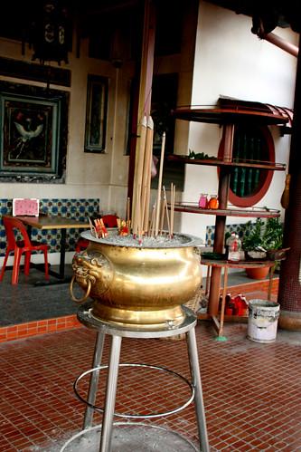 009 Incense burner, Lim Fah San Monastery, Kuching, Sarawak | by davidvictor513