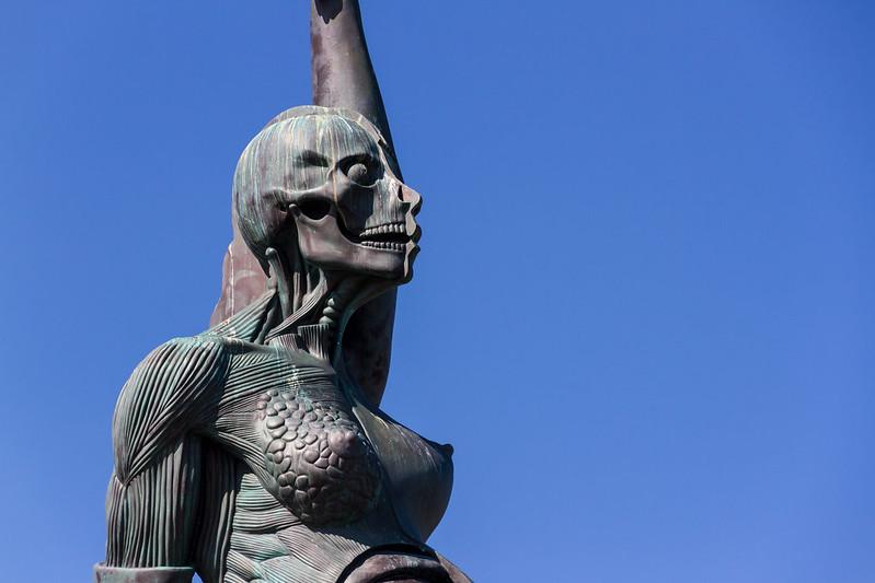 Damien Hirst - Verity - Statue