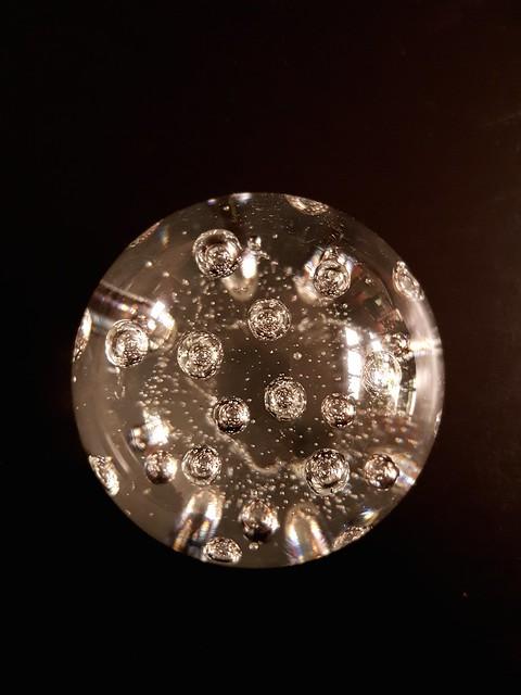 Petite planète ou grand astéroïde?