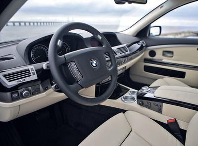 BMW-2008-7-Series-H-28