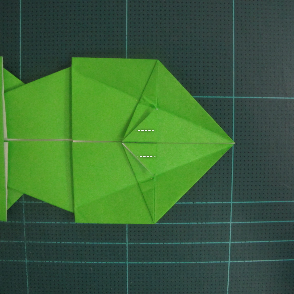 การพับกระดาษเป็นรูปแรด (Origami Rhino) 022