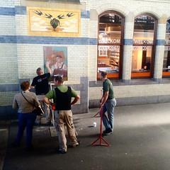 tegelkunstonderhoud op Station Haarlem, dag twee