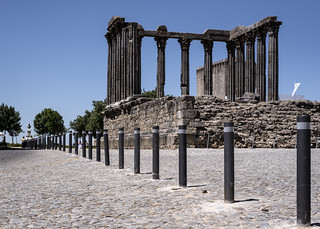 Évora, so-called Temple of Diana, 6