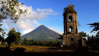 Mount Mayon seen from Cagsawa Ruins | by sunlitnights