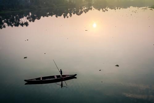 reflection ferry sunrise canon river boat kerala 1855 cochin kochi ernakulam periyar eloor 1000d