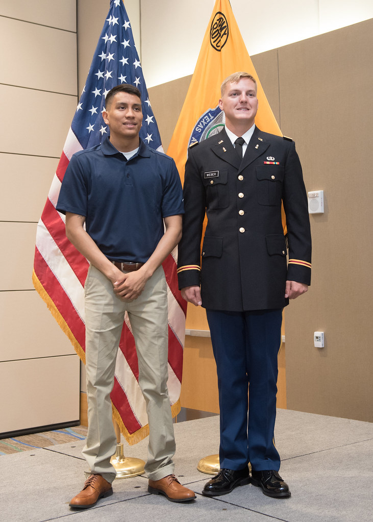 051316_CommissioningCeremony-4835
