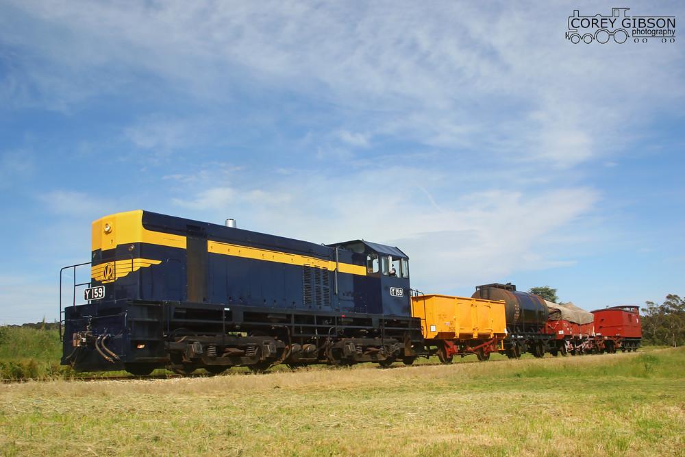 Daylesford Spa Country Railway Railfan Day - Y159 by Corey Gibson